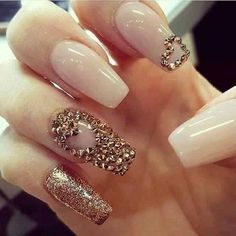 Romantic, cute and lovely valentine's day nails. Make your nails special for this special day. French Nails Glitter, Gold Nails, Beautiful Nail Designs, Cute Nail Designs, Kat Von D, Cute Nails, Pretty Nails, Classy Nails, Hair And Nails