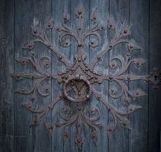 voiceofnature:  Homeplacethewaynorth:  Door at Nidaros cathedra (Nidarosdomen); Trondheim, Sør-Trøndelag