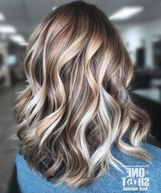 35 Balayage Hair Color Ideas for Brunettes in The French hair coloring tec. - - 35 Balayage Hair Color Ideas for Brunettes in The French hair coloring technique: Balayage. These 35 balayage hair color ideas for brunettes in . Hair Color And Cut, Cool Hair Color, Light Skin Hair Color, Hair Color Ideas, Light Hair, Hair Color Balayage, Ombre Hair, Bayalage, Balayage Hair Blonde Medium