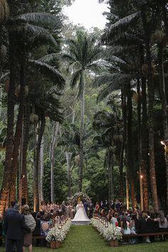 Casamento na fazenda Vila Rica - decoração campestre com jardineiras ( Foto: Studio 47 | Decoração: Fabio Borgatto e Telma Hayashi )