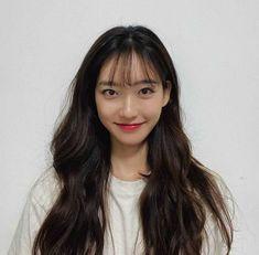 Korean Actresses, Asian Actors, Actors & Actresses, Penthouse Pictures, Hyun Kim, Minimalist Photos, Ghost Pictures, Cute Profile Pictures, Drama Korea