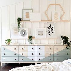 Ikea Dresser Hack, Tarva Ikea, Wall Behind Bed, Ikea Picture Ledge, Paintable Wallpaper, Ikea Home, Modern Bohemian, Furniture Makeover, Bedroom Furniture