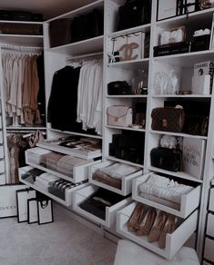 Bedroom Closet Storage, Bedroom Closet Design, Master Bedroom Closet, Ikea Bedroom, Storage Room, Master Bedrooms, Organizing Walk In Closet, Closet Organization, Organization Ideas