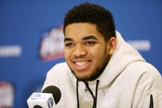 08-03-2015  Big congrats to @KarlTowns, who has signed a deal with @Nike. http://www.coachcal.com/34932/2015/08/towns-signs-with-nike/…