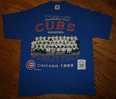 """Vintage Chicago Cubs 1969 Team """"Let's Play Two"""" Wrigley Field Cooperstown Collection T-Shirt-Mens Large"""