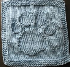 This free pattern may remind the younger set of a popular television series. That is how the pattern got it's name. A youngster saw it and said they found a clue. Sample knit by Jami. Copyright © by Susan Mrenna 2006 Knit A Little. Find the free dishcloth pattern here: link