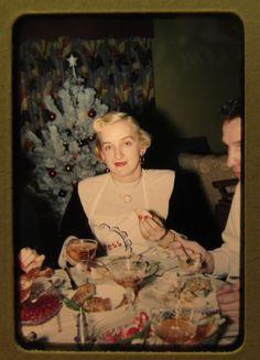50s Holiday Hostess