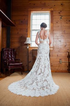 Lace wedding dress i www.mccormick-weddings.com Virginia Beach