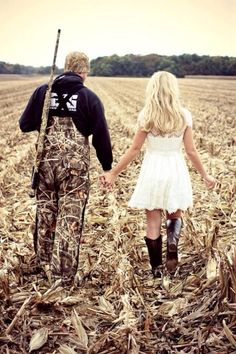 Country Engagement Photos for an engagement shot, but i would want to be in camo too, and of course, this is the right camo :) Camo Wedding, Wedding Pics, Wedding Couples, Dream Wedding, Wedding Ideas, Hunting Wedding, Cowgirl Wedding, Wedding Photoshoot, Wedding Dresses