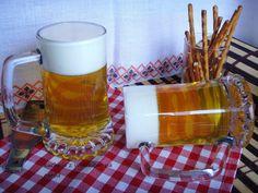 Kuchnia z widokiem na ogród: Zimne piwo? Galaretka? Prima Aprilis :) Galaretka udająca piwo.