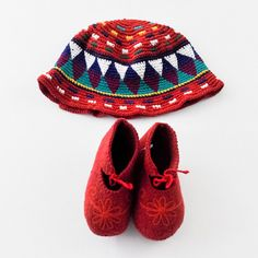Mini Fashionista | Baby Girl 9-12 Months | Unknown Hat and Shoes | 9 Pieces for $39