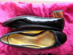 Amaizing Vintage Shoes RALPH LAUREN Black Leather With Golden Low Heels Women Loafers Size 7.5 M/38 by oldmagicchest on Etsy