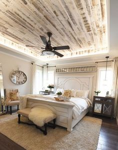 Top 50+ Best Farmhouse Bedroom Ideas You Have to Know http://decorathing.com/bedroom-ideas/50-best-farmhouse-bedroom-ideas-you-have-to-know/