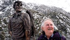 NZ's Sir Edmund Hillary, officially the first man to climb the world's highest peak, stands next to a statue of himself at Mt Cook on the South Island