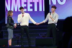 Kim Woo Bin makes a surprise appearance at Lee Jong Suk's birthday fan meeting