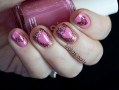 Lydia's Nails: Pink Glitter Heart Nails ♥ #SephoraVday