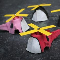 Egg Carton Mini Copters {Kids Crafts}