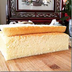 Guai Shu Shu - Asian Food and Snacks How To Make Cake, Food To Make, Pandan Chiffon Cake, Cake Varieties, Butter Pound Cake, Pound Cake Recipes, Baking Tins, Moist Cakes, Sponge Cake