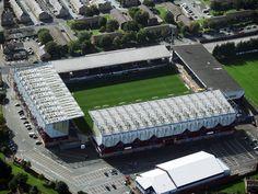 Burnley F. Football Tops, Football Stadiums, Football Cards, Football Players, British Football, English Football League, European Football, Stadium Architecture, Burnley Fc
