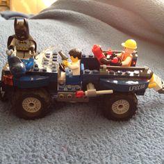 Batman/Deadpool Takedown