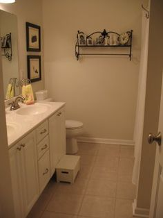 keep your bathroom clean daily! check out these tips!