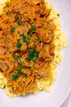 Pork and sauerkraut goulash-just printed the recipe, can't wait to try! Segedínský Guláš also known as Székely Gulyás or Szegediner Gulasch is a pork goulash that's simmered together with sauerkraut, onions and peppers until it's fall apart tender. Pork Goulash, Goulash Recipes, Pork Recipes, Cooking Recipes, Fodmap Recipes, Pork Stew, Easy Recipes, Eastern European Recipes, European Dishes