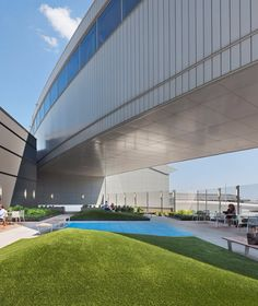 JetBlue Debuts New Terrace and 'Wooftop' at JFK Airport