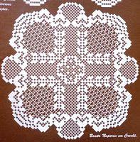 """Da revista """"Croché arte e tradição"""", um naperon geométrico.    manela"""