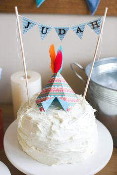 Paper Tee Pee Cake Topper and Personalized Cake Banner by Msapple