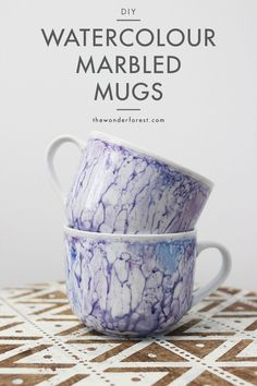 A quick and unique method for painting mugs with a watercolor effect! New dishes in no time!