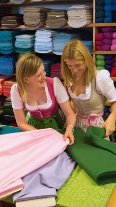 The fabric paradise for all dirndl lovers. In the online shop and the shop . German Costume, German Women, Traditional Fabric, Textiles, Every Woman, Country Girls, Silk Fabric, Looking For Women, Looks Great