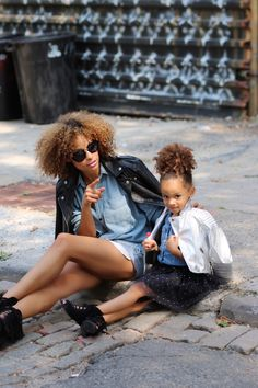 Mother/daughter fashion looks on the blog http://scoutthecity.com/2015/09/denim-days-2/
