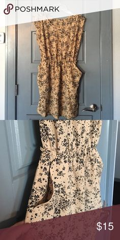 Beige and black Mini Dress 👗💕 Very cute Mini Dress. Wear it for a Baptism party. I removed the tag and now I don't remember the brand.😅 Dresses Mini