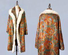 1920s Flapper Coat / 20s Abstract Floral Lamé Cocoon Coat/ Fur Trimmed / MUSEUM / AMAZING