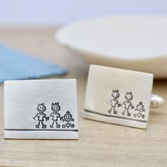 I love making thoughtful gifts, especially when they include a new baby! I made these 2 dads and a baby cufflinks for a wonderful gay couple to celebrate the arrival of their new baby girl, a very special gift!