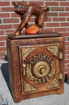 Cat on Cookie Safe Cookie Jar made in USA by California Originals