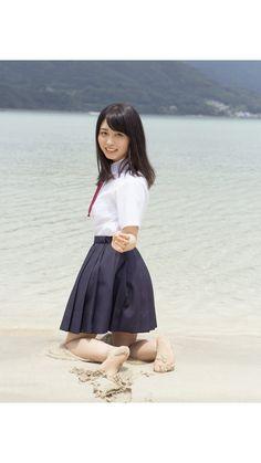 長濱ねる Cute School Uniforms, School Uniform Girls, Girls Uniforms, High School Girls, Beautiful Japanese Girl, Japanese Beauty, Asian Beauty, Japanese School Uniform, Asian Hotties