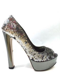 MIU MIU Women Silver Sequin Paillette Platform Peep Toe Heel Shoes 39.5 Ret 950$ #MiuMiu #PumpsClassics