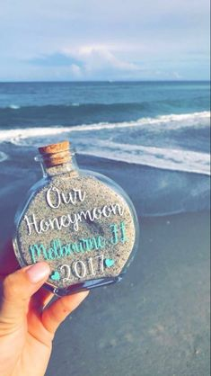Saving a piece of the honeymoon! great way to collect sand as a memory of your honeymoon or destination wedding. great idea for destination wedding favors, tropical destination wedding favors, beach wedding favors, honeymoon beach keepsake Perfect Wedding, Fall Wedding, Our Wedding, Dream Wedding, Wedding Beach, Wedding Stuff, Trendy Wedding, Unique Weddings, Small Beach Weddings