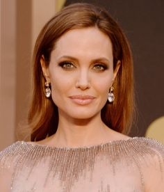 Brad Pitt Angelina Jolie Oscars 2017 Red Carpet Photo And Are A Picture Perfect Pair While Making Their Entrance On The