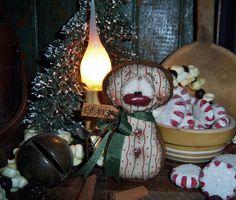 "Primitive Patti's Ratties Gingerbread 4"" Christmas Snowman Ornament Bear Doll"