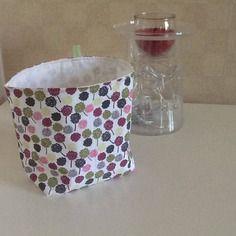 Vide poche mille fleurs vertes violettes roses grises