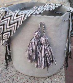 Bolso colombiano!!! Bucket Bag, Bags, Fashion, Accessories, Handbags, Moda, Fashion Styles, Fashion Illustrations, Bag