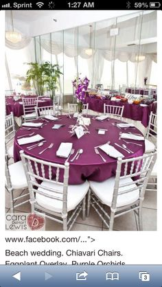 Colored linens add so much!