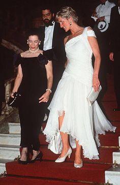 2,394 Princess Diana White Photos and Premium High Res Pictures Blue And Yellow Dress, White Dress, Lady Diana, Ivanka Trump, White Chiffon, Chiffon Dress, Gown Pictures, Gown Photos, Melania Trump
