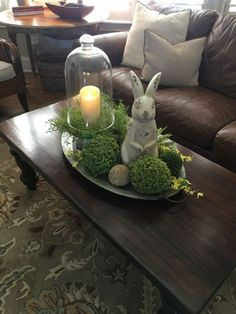 100 Dollar Store Easter Decorations that are simply Egg-cellent - Hike n Dip Make your Easter Decorations with dollar store items and save your hard-earned money. Here are 100 easy Dollar Store Easter Decorations that you'll LOVE. Diy Osterschmuck, Easy Diy, Deco Floral, Spring Home Decor, Spring Crafts, Decorating Coffee Tables, Deco Table, Easter Crafts, Easter Ideas