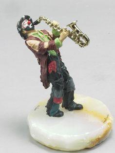 EMMETT KELLY JR PLAYS THE SAXOPHONE (ALL THAT JAZZ) CLOWN DIRECT FROM RON LEE Emmett Kelly, Clown Paintings, Clowning Around, All That Jazz, Saxophone, 60th Birthday, Clowns, American Artists, Vintage Antiques