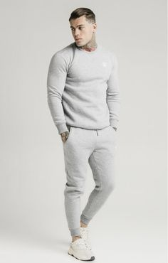 Mens Athletic Fashion, Athletic Wear, Fitted Joggers, Mens Joggers, Mens Grey Sweatpants, Stylish Mens Outfits, Sporty Outfits, Gym Outfit Men, Sweatpants Outfit