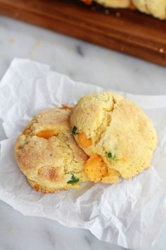 Sweet Honey Jalapeño Cheddar Cornbread Biscuits Recipe on Yummly. Jalapeno Cheddar Cornbread, Honey Cornbread, Half Baked Harvest, Biscuit Recipe, Love Food, Food To Make, Cooking Recipes, Bread Recipes, Biscuits