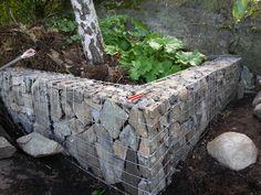 Gabioner som støttemur i eksakt den størrelsen du trenger, enkelt og billig!